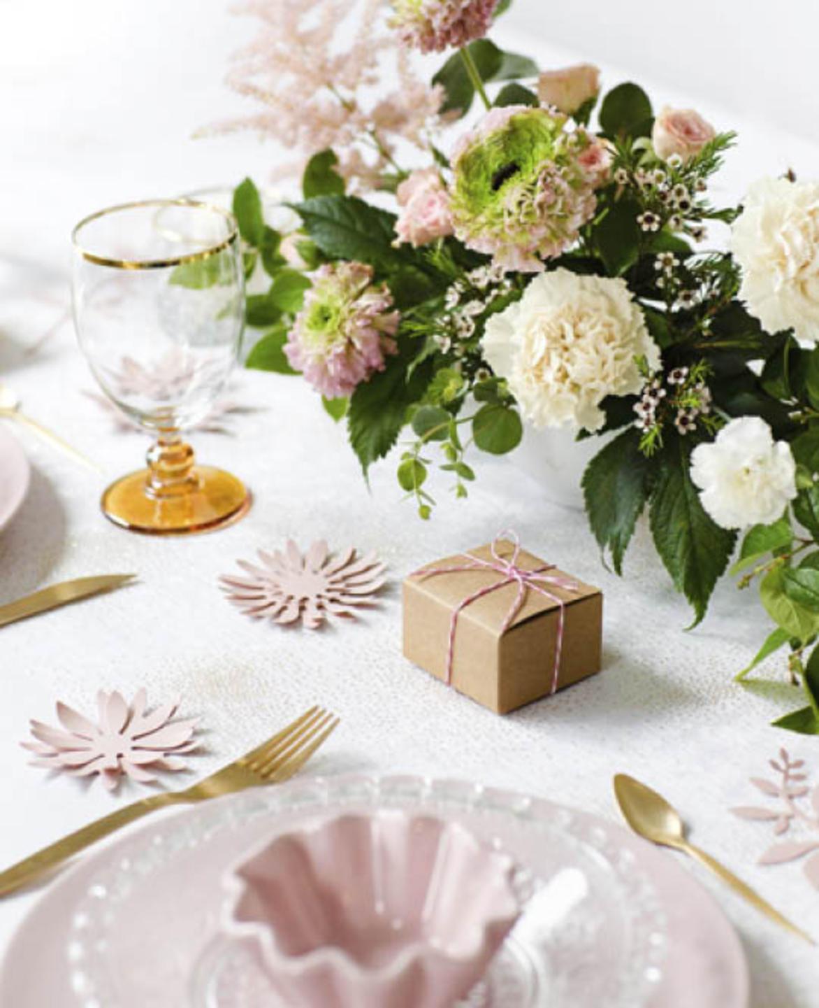 Come Addobbare Un Tavolo Per Confettata e-speciale.it | articoli e decorazioni per matrimoni, feste